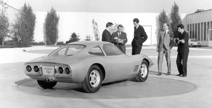 Eerste Opel GT in 1965
