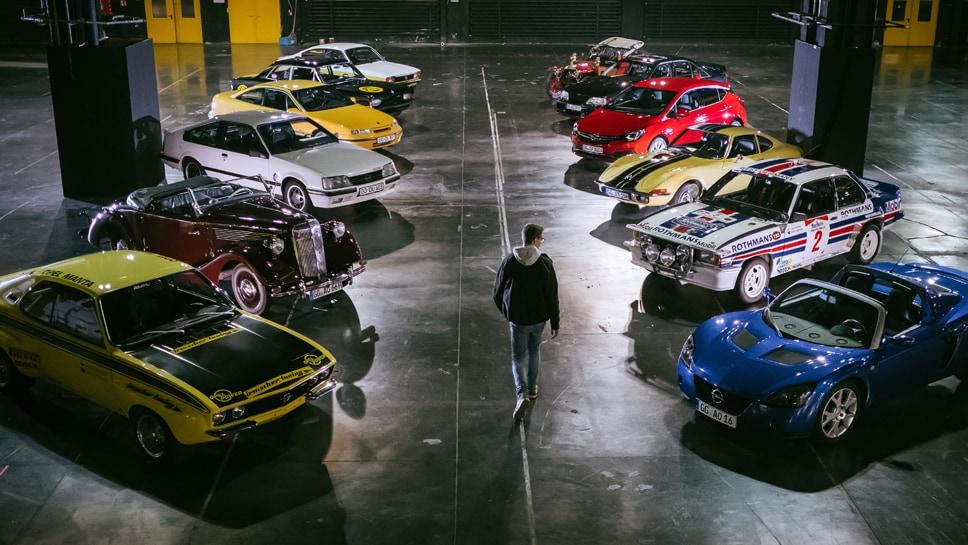 Oude en nieuwe Opel wagens